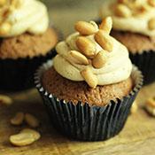 Schoko Erdnuss Cupcakes