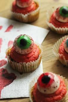 Veganer Kürbismuffin Halloween Auge